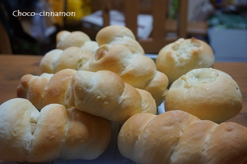 ちくわパン、きんぴらごぼうパン.JPG
