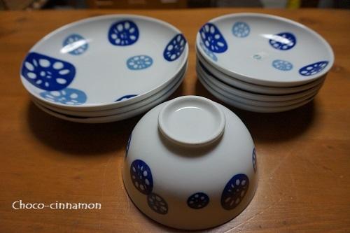 ダイソー レンコン柄のお皿と茶碗.JPG
