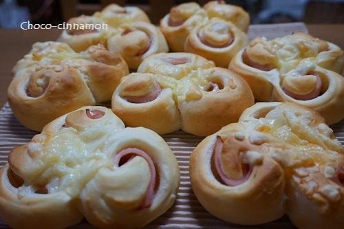 ハムロールパン.JPG
